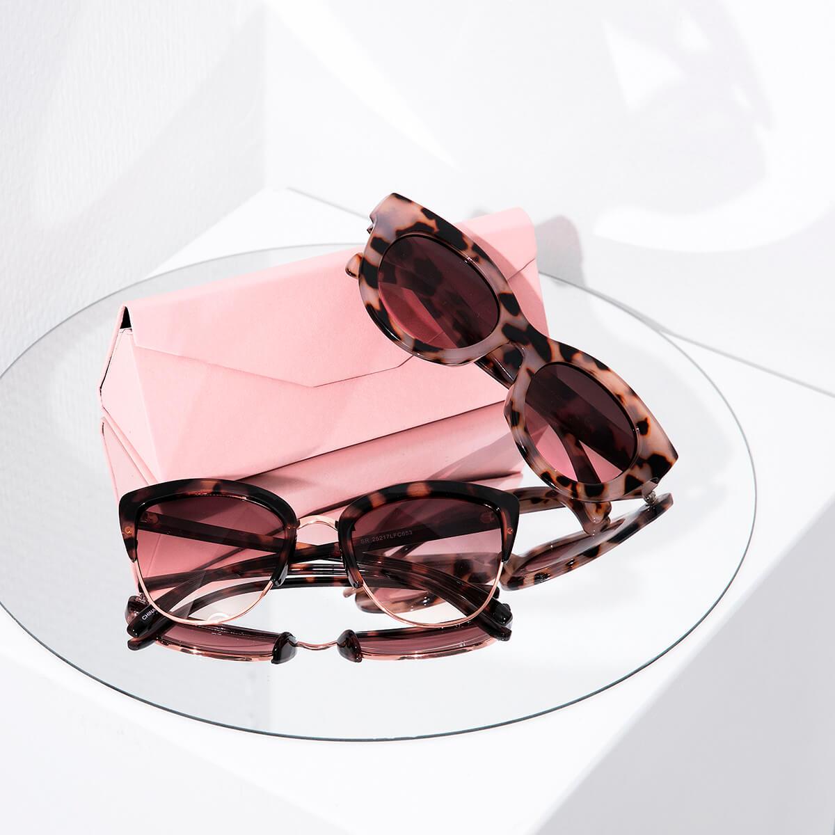 Zonnebrillen | Wink Optics | Groothandel kleding